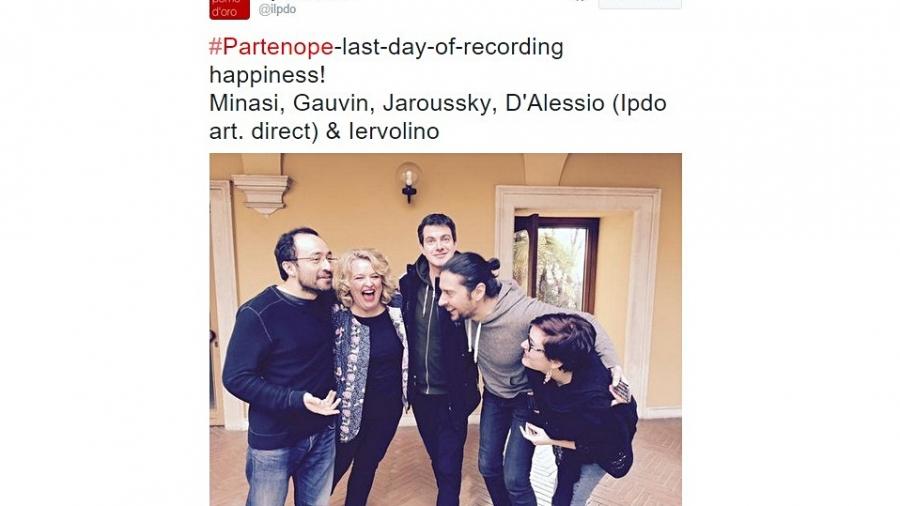 partenope-tweet-pomo-doro1